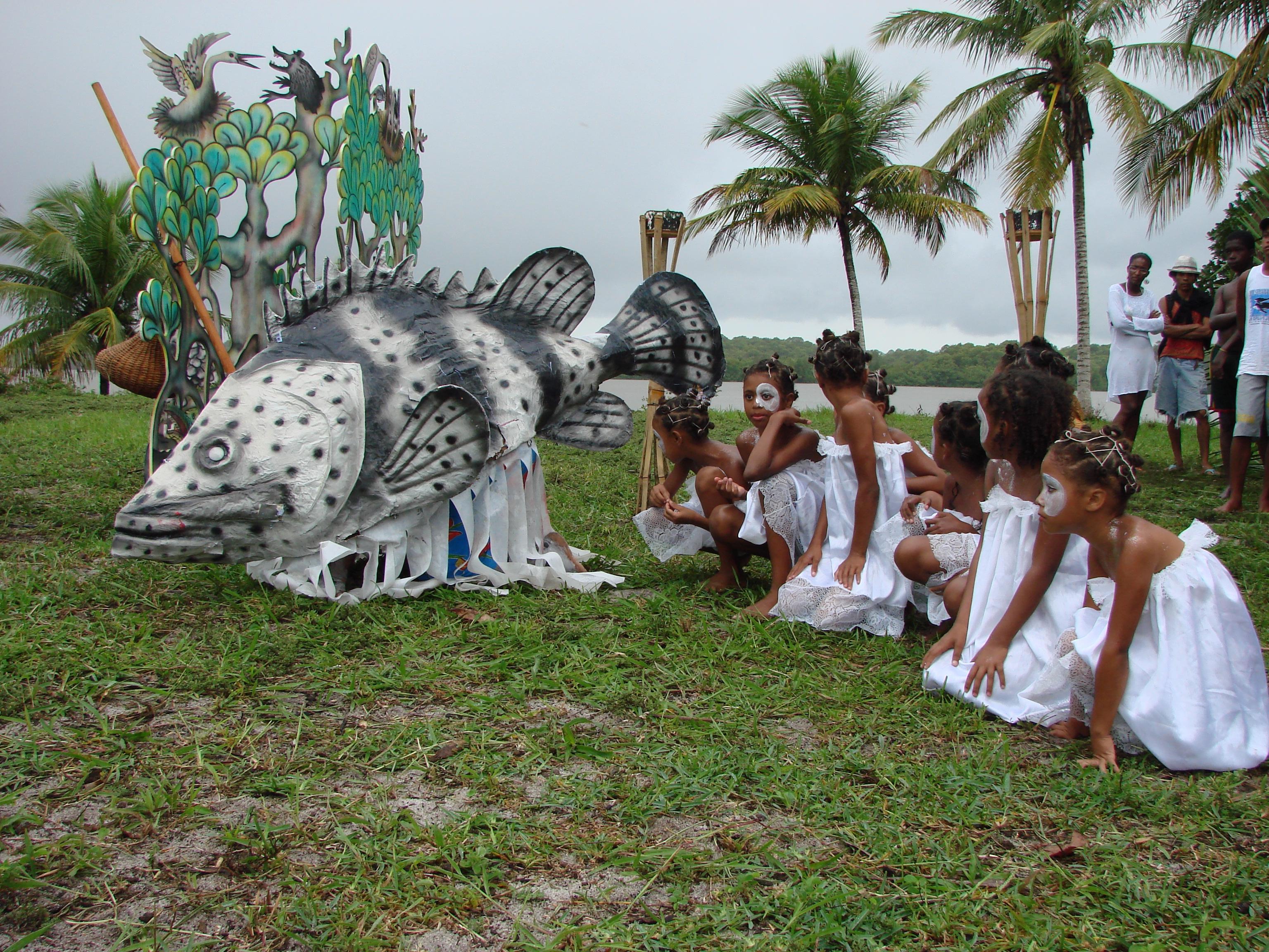 Espetáculo de cunho socioambiental - Movimento Cultural Arte e Manha - Caravelas - BA